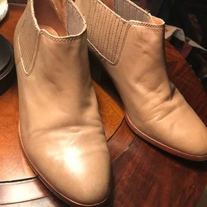 Madewell Tan Spencer Chelsea Leather Bootie Sz 9.5